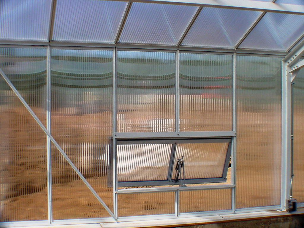 Solar operated venting windows