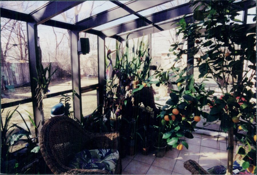 garden room ideas,custom garden greenhouse,custom greenhouses,greenhouse kits,solar greenhouses