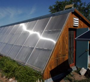 Passive-solar-greenhouse-wood-frame-2-